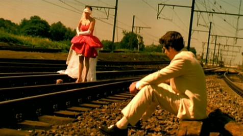 Kadras iš Jeux d'Enfants (2003)