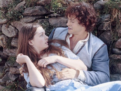 ella-enchanted-still-3