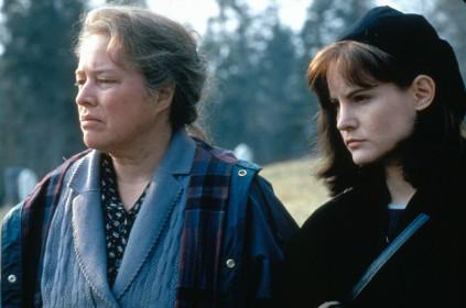 Dolores-Claiborne-1995-kathy-bates-30819297-1500-996